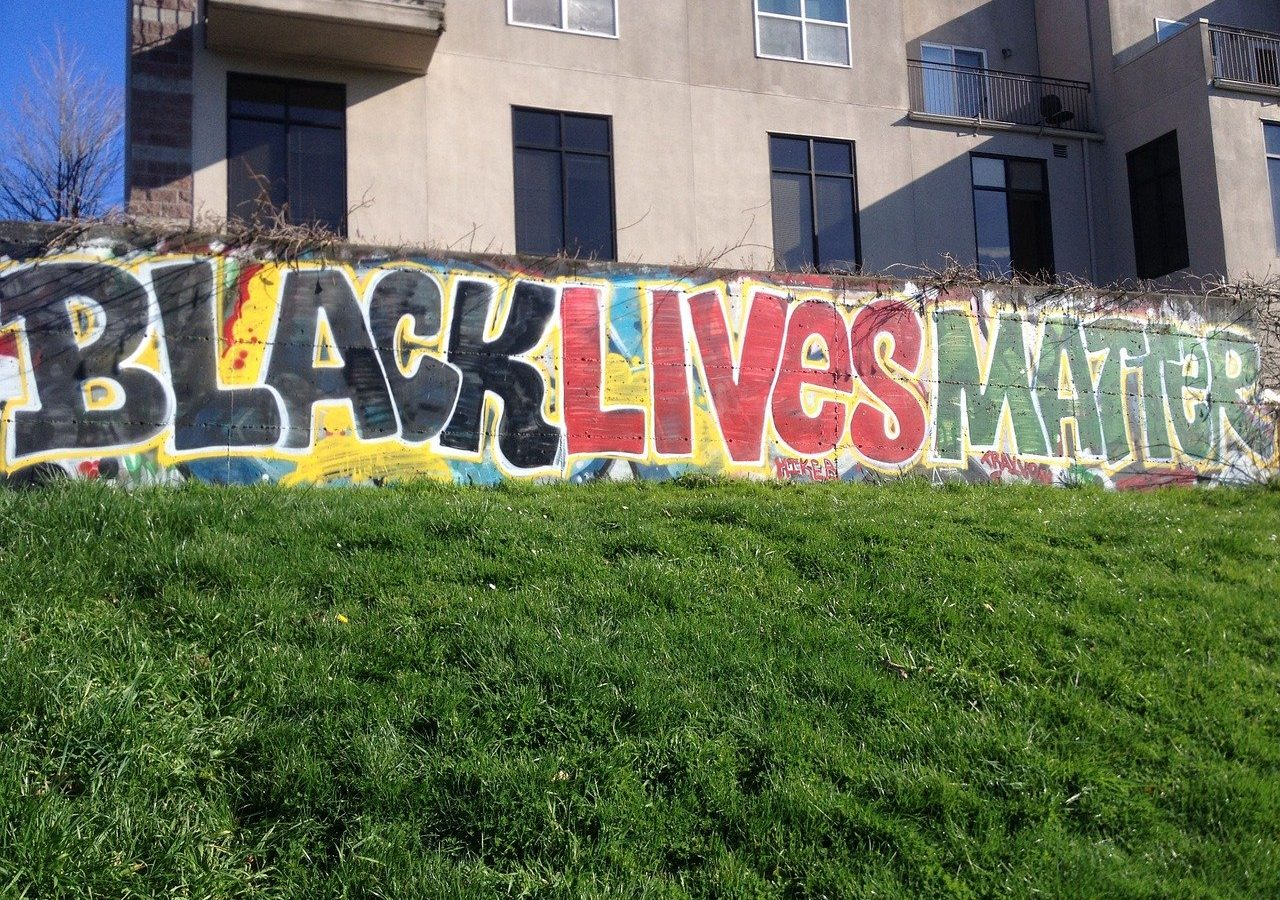 black lives matter grafitti